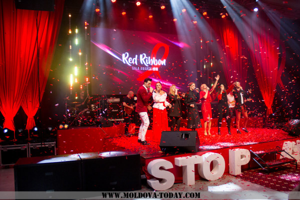 Red Ribbon (85)